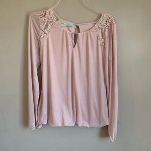 EUC Womens size small blouse Pink Blush lace